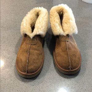 Men's Ugg Boots - tan.
